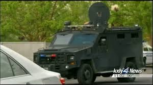 police searching for wells fargo shooting suspect kxly