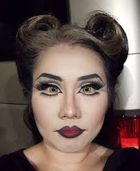 Pretty Makeup For Halloween by Demon Lady Look For Volunteering At A Kid U0027s Halloween Party Drag