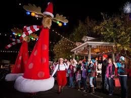 rudolph u0027s holly jolly christmas light parade at silver dollar city