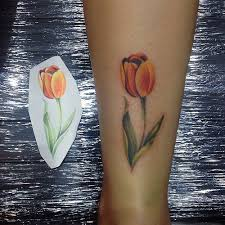 small tulip tattoo on the back of the leg a photo on flickriver