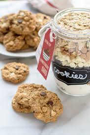 15 homemade foodie gifts made in adorable mason jars