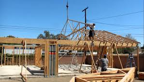 Hip Roof Trusses Prices 40 Foot Truss Being Set On Garage 2012 Youtube