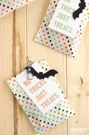 halloween gift tags 33 best halloween bags u0026 toppers images on pinterest bag toppers