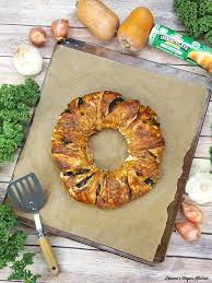 thanksgiving vegetable crescent roll ring dianne s vegan kitchen