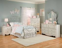 Little Girls Bathroom Ideas by Girls Bedroom Girls Bedroom Sets And Bathroom Ideas Bedroom Kids
