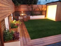 backyard courtyard designs unique 15 small courtyard decking best 25 small courtyards ideas on small courtyard
