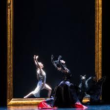 Mirror Mirror On The Wall Snow White Ballet Preljocaj U0027s Snow White The West End Magazine 4101 Brisbane