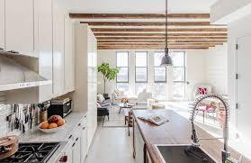 Kitchen With Magnetic Knife Rack Design Ideas - Magnetic backsplash