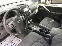 nissan frontier 2016 interior used 2017 nissan frontier sv 4x4 crew cab 4 door pickup in