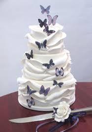 butterfly wedding cake purple wedding cakes purple wedding cakes with butterflies