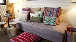 trasformare un letto in un divano divano letto gonfiabile comodo e leggero dalani e ora westwing