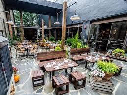 patio restaurantschiff best 25 outdoor restaurant ideas on outdoor