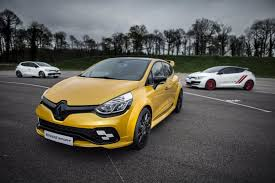 concept renault news renault unveils most powerful clio the rs 16 concept
