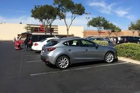 buy mazda 3 hatchback which style should you buy 2014 mazda 3 long term road test