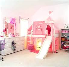 lit chateau princesse lit mezzanine design chambre enfant