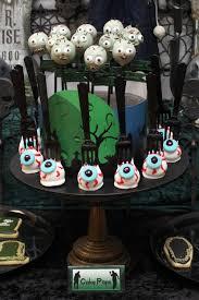 Halloween Eyeball Cake Pops by Blog U2014 Chic Party Ideas