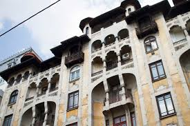 5 architecture influence in bucharest a city made by people
