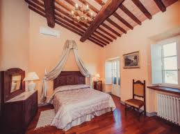 Split Level Bedroom by Four Bedroom Split Level Apartment Lucca Mela Is A Cosy Apartment