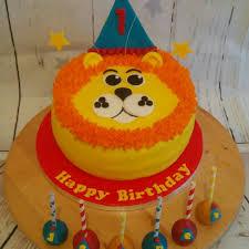 birthday cake pops lion birthday cake and matching cake pops renshaw baking