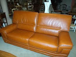 canape en cuir marron canape modèle caracas en cuir buffle surpiqué incontournable