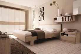 Schlafzimmer Einrichten Hilfe Das Bett Steht Mit Dem Kopf Zur Wand 1