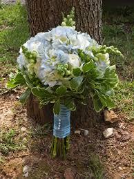 bouquet diy diy bouquet danielle u0027s blue and white bridal bouquet kennedy