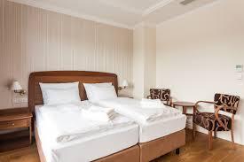 Schlafzimmer Und Bad In Einem Raum Villa U2013 Golfbay Villa