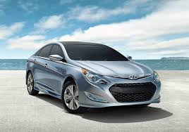 2013 hyundai sonata hybrid mpg updated 2013 hyundai sonata hybrid has better mpg a bigger