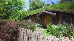 lord the rings hobbit house hole with yellow door movie hobbit house yellow door hobbiton new zealand prores