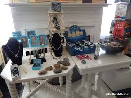 Best Places To Shop For Home Decor by Shop Small Business Saturday Shopsmall Fashion And Fun After Fifty