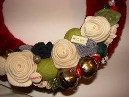 plush wreath craft crossing
