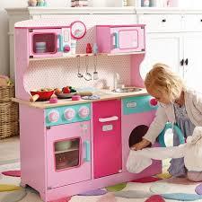 spielküche holz kinderküche aus holz 50 ideen für süße spielküchen