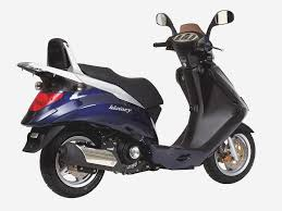 scooter review daelim s3 125 u2014 twist u0026 go magazine motorcycles