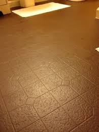 Kitchen Vinyl Floor Tiles by Did You Know You Can Paint Your Vinyl Floors What A Great Idea
