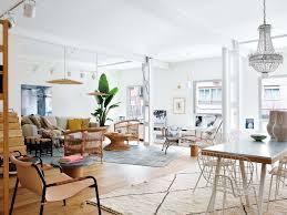 Bureaux Anciens Brocante A Madrid Un Ancien Bureau Est Devenu Un Superbe Appartement