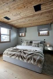 idées déco chambre à coucher chambre à coucher idee deco chambre coucher couverture fourrure