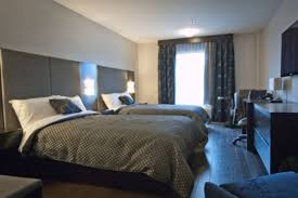 chambre de motel hôtel de la boréalie hotels félicien lodging québecoriginal