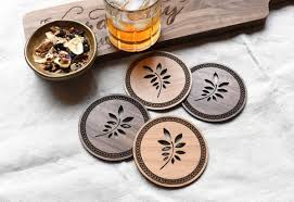 rustic leaf round wooden drink coasters in alder and maple woods