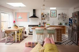cuisine coloré visite un cottage coloré cocon de décoration le