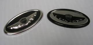 hyundai genesis forum sedan i s steering wheel badges black wings hyundai