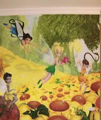 fresque chambre enfant design interieur fresque murale chambre enfant fee clochette