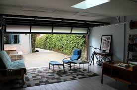 amenagement garage en chambre transformer garage en chambre luxe photos aménager un garage en