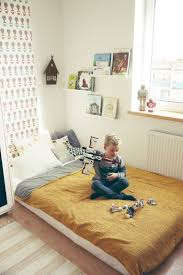Ideas For Boys Bedrooms by 25 Best Floor Beds Ideas On Pinterest Full Storage Bed Raised