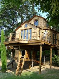 3 story houses 3 story treehouse scotland cool tree houses pinterest