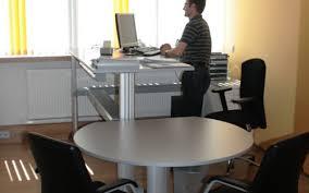 Schreibtisch Einrichtung Gesamtrenovierung Eines Bürogebäudes Innenarchitektur