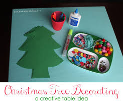christmas tree decorating creative table mama papa bubba