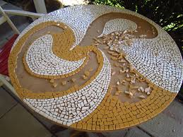 how to make a mosaic table top my turquoise kettle life how to make a mosaic table top