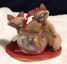 disney si and am cats ornament 3 5 the tr