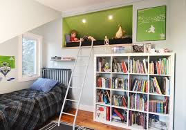 astuce de rangement chambre awesome idee rangement chambre mansardee contemporary design