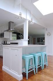table avec rangement cuisine table cuisine avec rangement 100 ides de cuisine avec lot central